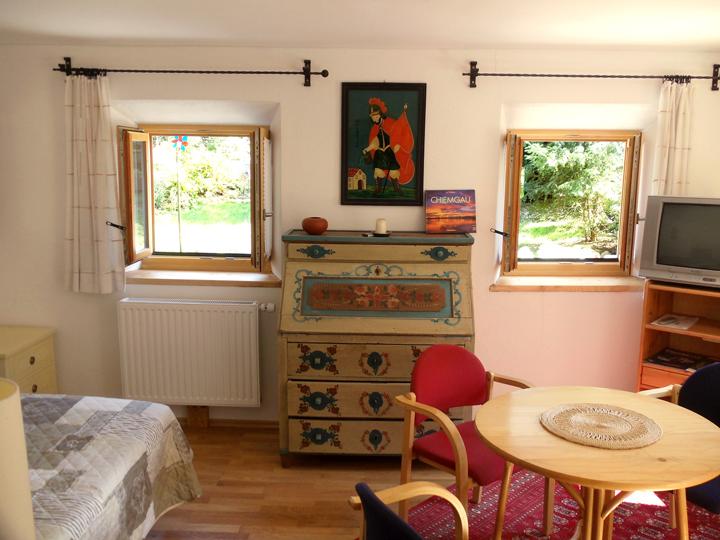 Zimmer1_HausChiemsee_720x540